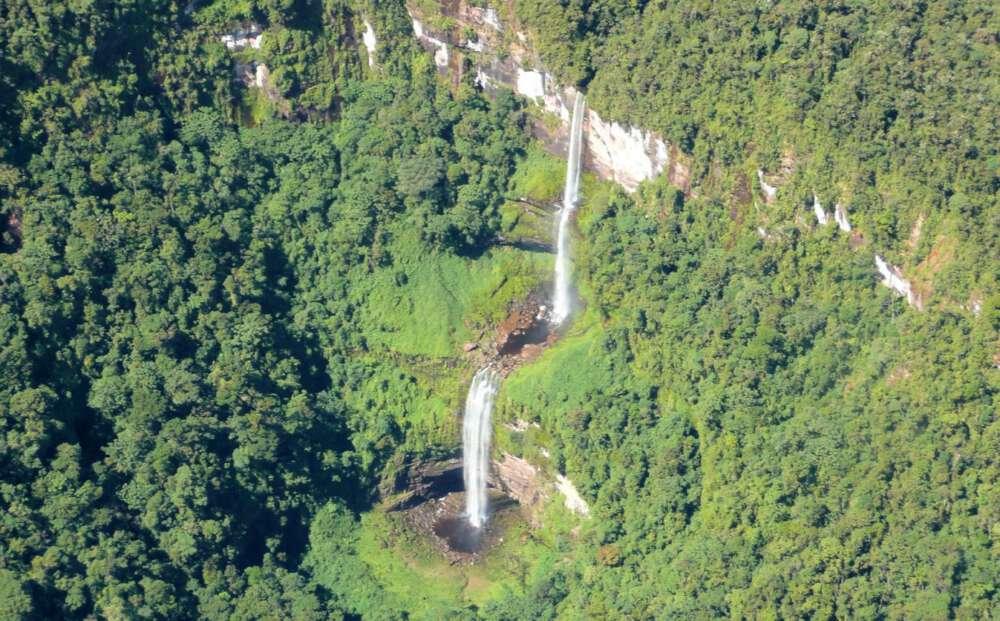 Cataratas las Tres Hermanas Waterfalls
